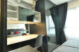 CBD Asoke Condo for rent Full furnished